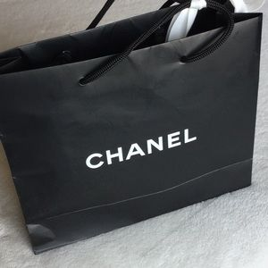 085658ec1d8f CHANEL Bags - Chanel necklace packaging with box and bag.